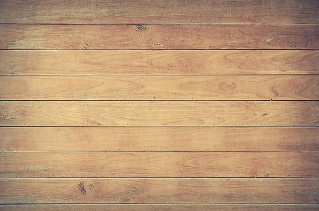 dřevěná podlaha.jpg