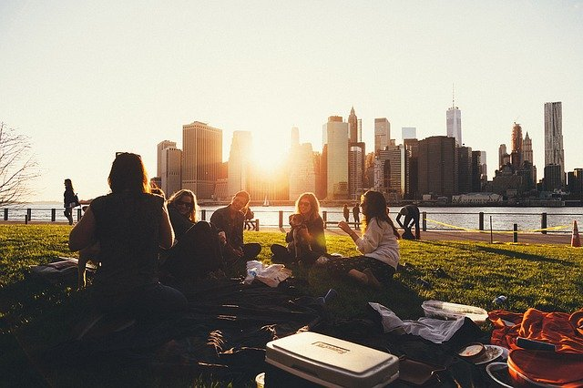 piknik u řeky