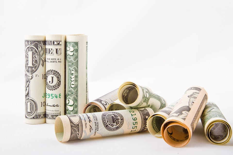 roličky z dolarů